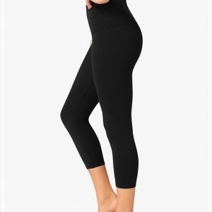 Beyond yoga high waisted crop leggings